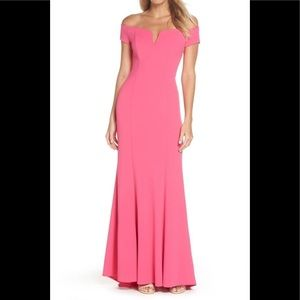 Vince camuto notched off the shoulder crepe gown